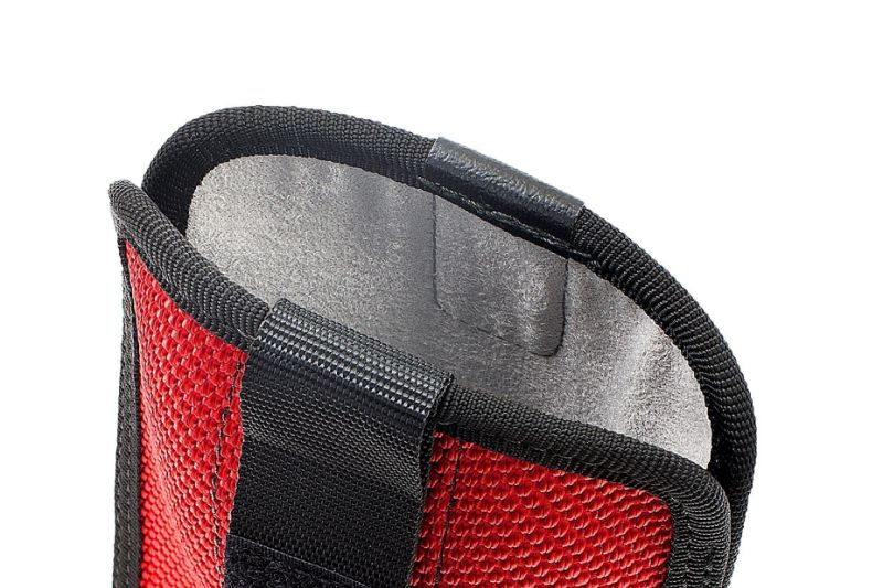 Microfiber lining of the Feuerwear smartphone cases