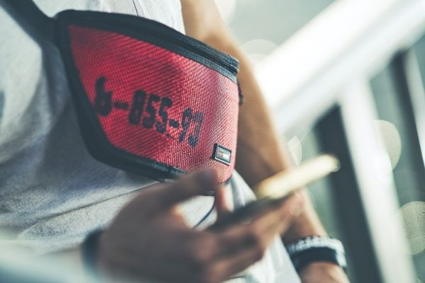 Hip bag Otis is designed to avoid scratches on your screen